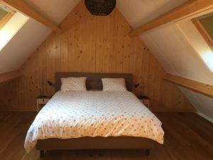 slaapkamer boven familiehuis de jisper - Hallo Terschelling